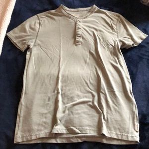 Abercrombie & Fitch Shirts - Abercrombie & Fitch Distressed Muscle T-Shirt